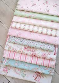 Shabby Chic Quilting Fabric by 166 Best Floral Fabrics Images On Pinterest Quilting Fabric