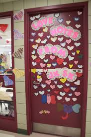 backyards door decorating second place valentines day