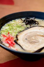 recette cuisine japonaise traditionnelle râ de hakata la recette du tonkotsu le bouillon aux os de
