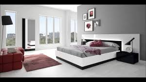 white grey bedroom design ideas for spacious bedroom interior