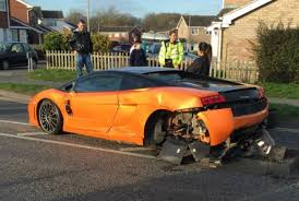 lamborghini gallardo uk lamborghini gallardo lp550 2 bicolore crashed in the uk gtspirit