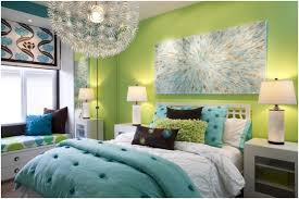 cozy bedroom ideas tips and ideas on how to decorate a cozy bedroom home decor trends