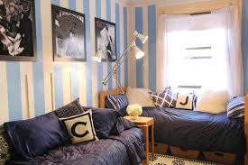 cool dorm rooms cool decorating ideas for dorm rooms
