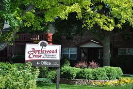 applewood crest townhomes and apartments lakewood co