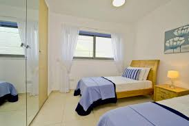 budget for small bedroom decorating ideas small bedroom small