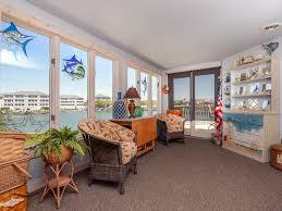 Livingroom Realty by Marlin Drive 1934 77800 U2022 Vantage Resort Realty