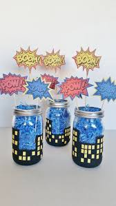 Centerpieces Birthday Tables Ideas by Best 25 Superhero Centerpiece Ideas On Pinterest Superhero
