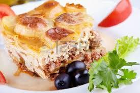 cuisine grecque moussaka un bol avec cuit moussaka une spécialité de la cuisine grecque