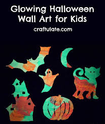 glowing halloween wall art for kids craftulate