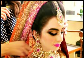 Red Bridal Dress Makeup For Brides Pakifashionpakifashion Pakistani Bridal Makeup And Makeup Tips Collection