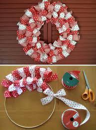 Decoration For Christmas To Make by Easy To Make Homemade Diy Christmas Wreaths Christmas Celebrations