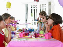 20 ways to save money on kids birthday parties
