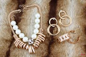 Fashion Jewelry Wholesale In Los Angeles Mia De Novo Imports Fashion Costume Jewelry Wholesale And