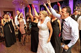 songs played at weddings the top 10 most frequently played songs at weddings z103 5