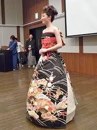 brides in japan are turning their traditional kimonos into
