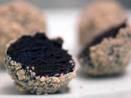 momofuku milk bar pumpkin pie cake truffles serious eats