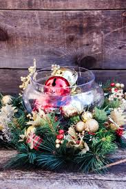 how to make a christmas floral table centerpiece 30 inexpensive and cheap christmas centerpiece ideas christmas