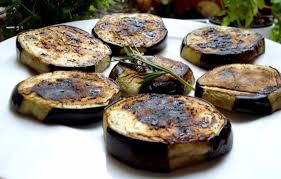 comment cuisiner l aubergine sans graisse piquées aux pouilles les aubergines farcies au parmesan à l ail et