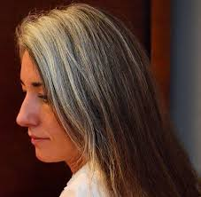 how to grow in gray hair with highlights 173 best gray is the new blonde images on pinterest going gray