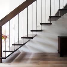 hpl treppen treppenarten wie wangentreppen stabtragende treppen bogentreppen