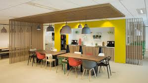 service siege social l agence w conçoit l architecture et l aménagement du hub le