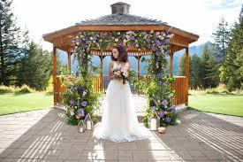 wedding arches calgary flowers by janie calgary wedding event florist