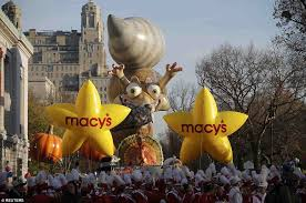 3 5m expected at macy s thanksgiving day parade in ny daily mail