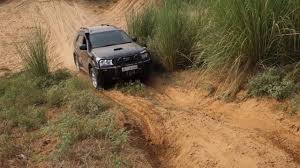modified gypsy team bhp toyota fortuner 4x4 gypsy obstacle 3 24 9 16 youtube