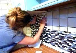 carrelage mural adhesif pour cuisine panneau mural adhesif cuisine alaqssa info