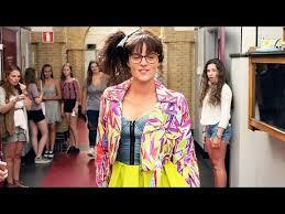 Seeking Trailer Vf Fashion Bande Annonce Vf Adolescent 2017