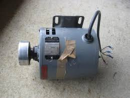 need help to wire a capaciter to a electric motor doityourself