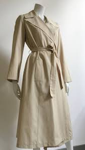 halston 70s trench coat size 10 at 1stdibs