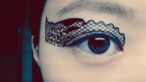 temporary eye makeup eyeshadow black flower lace