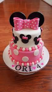 minnie mouse cake best 25 minnie mouse birthday cakes ideas on minnie
