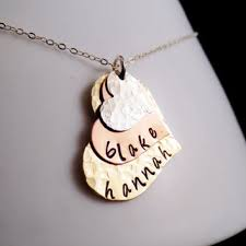 mothers day necklaces personalized shop s day necklace with names on wanelo