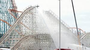 Dallas Texas Six Flags Fire Breaks Out On Colossus Roller Coaster At Six Flags Magic Mountain