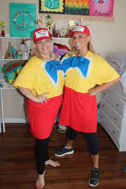 Tweedle Dee Tweedle Dum Halloween Costumes 369 Halloween Couples Duo Costumes Images