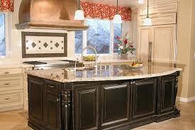 paint colors for kitchens with brown cabinets paint kitchen