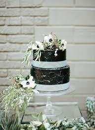 two tier wedding cake ideas trendy bride wedding blog