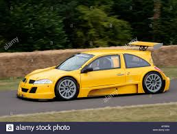renault megane trophy 2006 renault megane trophy car driven by rene arnoux at the