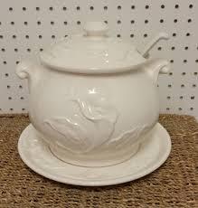 1152 best tureens serving bowls images on serving