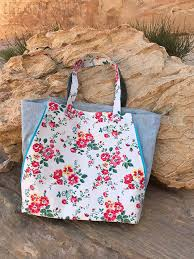 pattern for tote bag with zipper zip side tote bag pattern release life sew savory