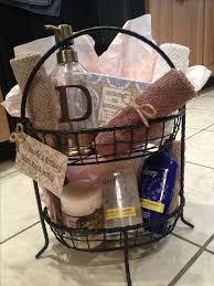 Cute Wedding Shower Gift Ideas Best 25 Wedding Gift Baskets Ideas On Pinterest Bridal Shower