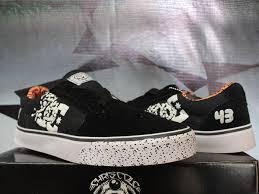 Foto Sepatu Dc Distro jual sepatu casual sepatu kets sepatu dc 43 hitam orange