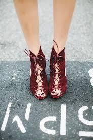 burgundy wedding shoes marsala wedding shoes you ll myweddingfavors wedding tips