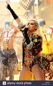 thanksgiving today ke aka kesha performing live on nbc u0027s toyota thanksgiving concert