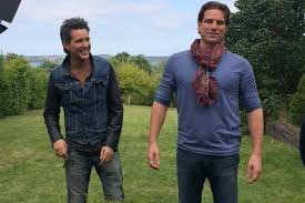 listen hgtv u0027s scott mcgillivray talks about roz u0027s appearance on