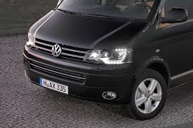 volkswagen caravelle 2017 volkswagen caravelle gets down to business with new luxury edition