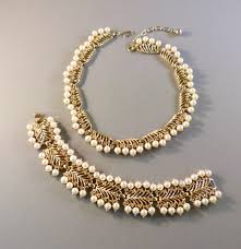 jewelry necklace pearl set images Trifari glass pearls set in gold tone necklace and bracelet jpg