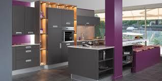 deco cuisine violet decoration cuisine noir et blanche